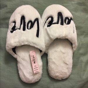 *NWT* Victoria's Secret Slippers